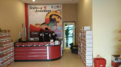 outlet-soekarno
